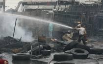Incendio en San Juan de Lurigancho: fuego consumió un almacén de plásticos - Noticias de lewis mejia