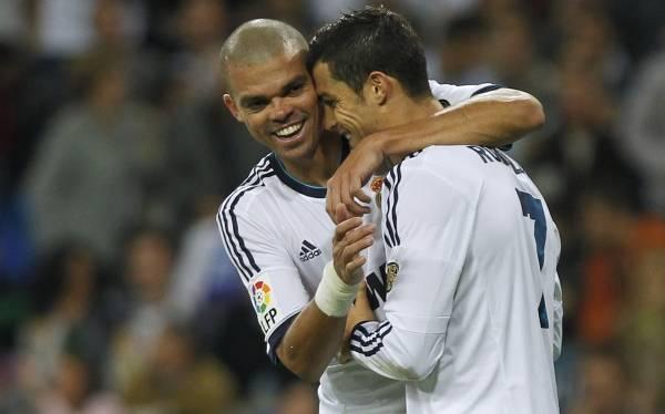 """Pepe: """"Cristiano Ronaldo debería tener otro trato de los hinchas"""""""