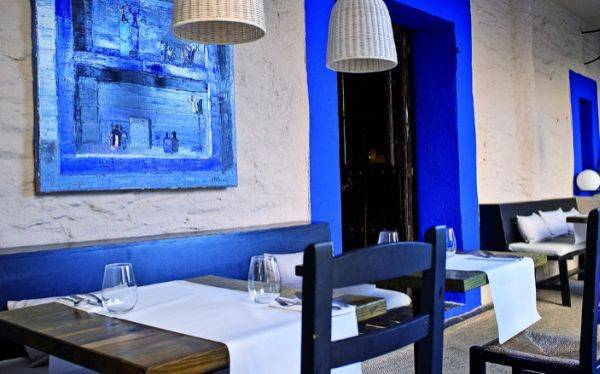 España: restaurantes apelan a vales de descuento y platos baratos para sortear la crisis