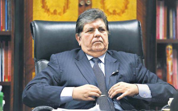 Fiscal de 'narcoindultos' pide  investigar 12 casos con  anotaciones de Alan García