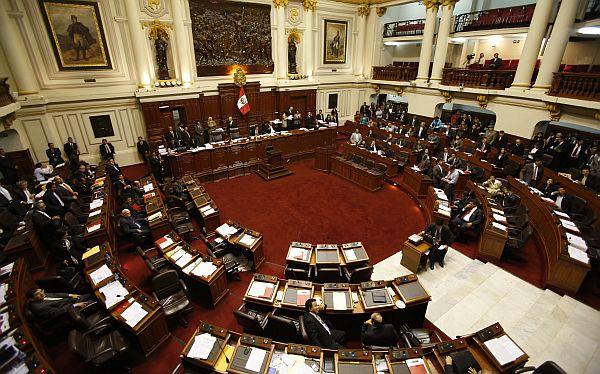 Votación de Ley de Servicio Civil se suspendió hasta la próxima semana