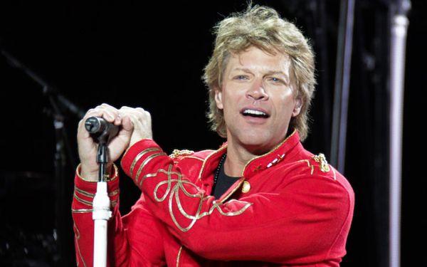 Bon Jovi ayudó a un joven polaco a pedir la mano de su enamorada
