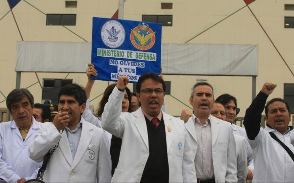 Médicos marcharán hoy por incumplimientos en la reforma de salud