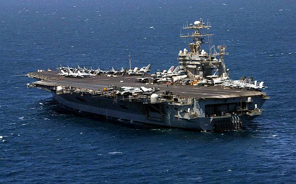 El Pentágono movilizó buques de guerra ante posible ataque contra Siria