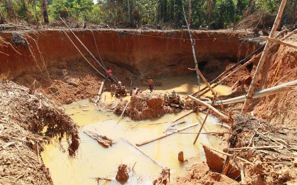 Gobierno decretó hoy la ampliación del plazo para la formalización de mineros