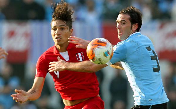 Uruguay se juega la vida contra Perú