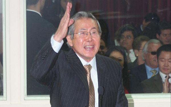 Alberto Fujimori en Twitter y Facebook: ¿puede tener cuentas? ¿quiénes las manejan?