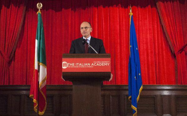 Italia: ministros del partido de Berlusconi renunciaron al gobierno