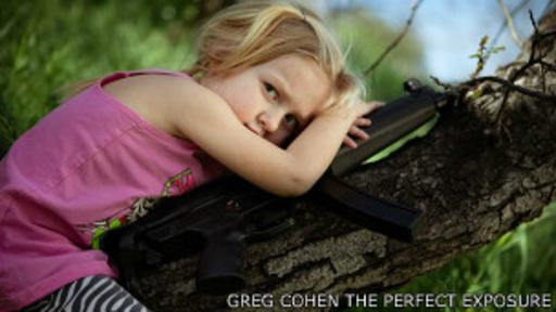 A un año de la masacre en Newtown: los niños toman las armas