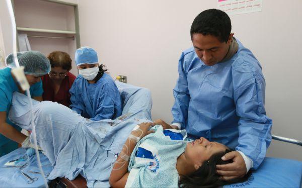 Estado civil del 78% de madres que dieron a luz en el 2013 es conviviente